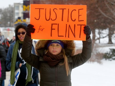 cnn-debate-flint-michigan-water-crisis